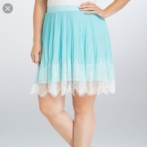 Torrid pleated lace chiffon skirt 12